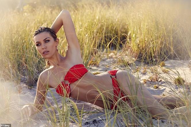 Siêu mẫu Anh Abbey Clancy dáng chuẩn 'vạn người mê' - ảnh 5