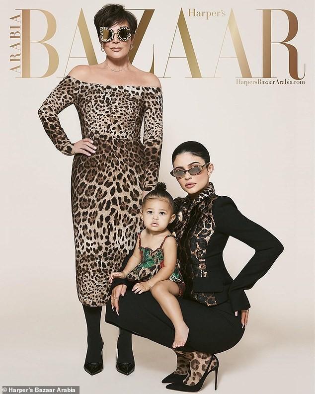 Cô út tỉ phú nhà Kardashian cùng mẹ và con gái sang chảnh trên bìa Bazaar - ảnh 1