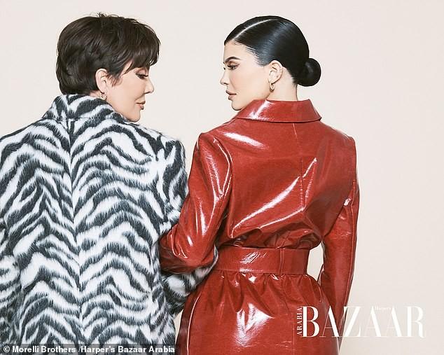 Cô út tỉ phú nhà Kardashian cùng mẹ và con gái sang chảnh trên bìa Bazaar - ảnh 7