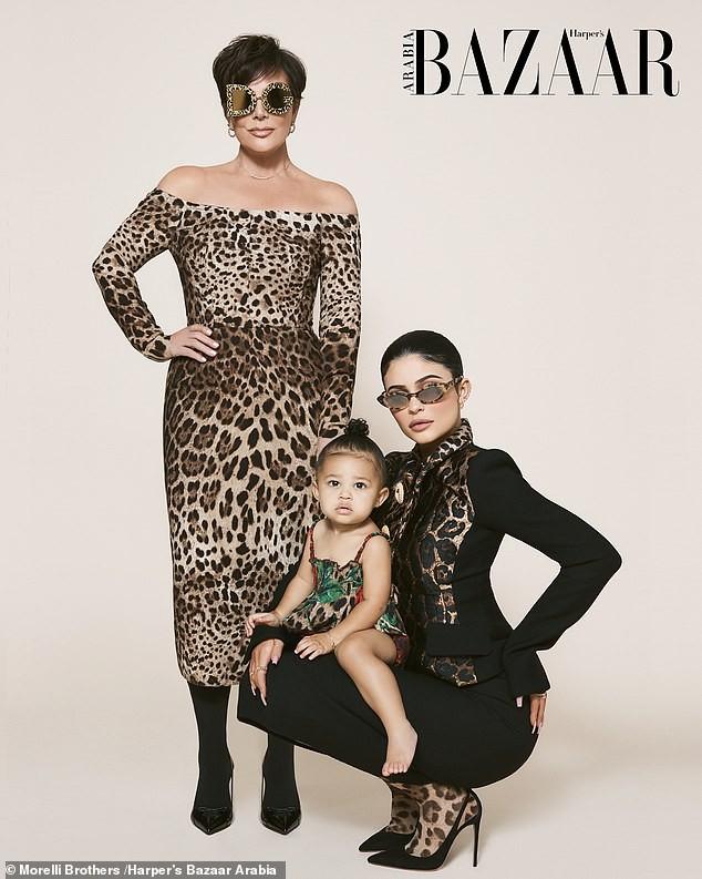 Cô út tỉ phú nhà Kardashian cùng mẹ và con gái sang chảnh trên bìa Bazaar - ảnh 9