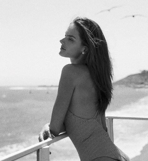 Siêu mẫu xứ Samba Alessandra Ambrosio U40 vẫn quá đỗi gợi cảm - ảnh 22