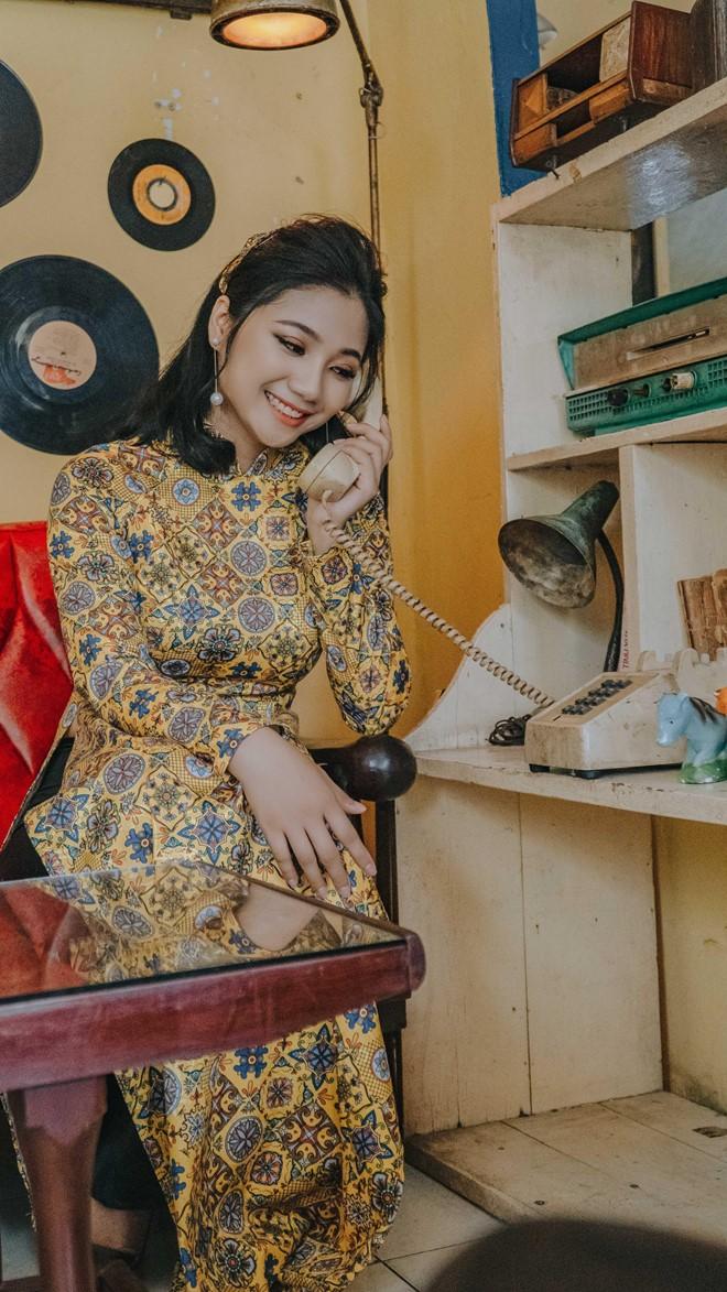 Nữ đặc công khoe ảnh 'cô Ba Sài Gòn' được dân mạng khen đẹp dịu dàng - ảnh 2