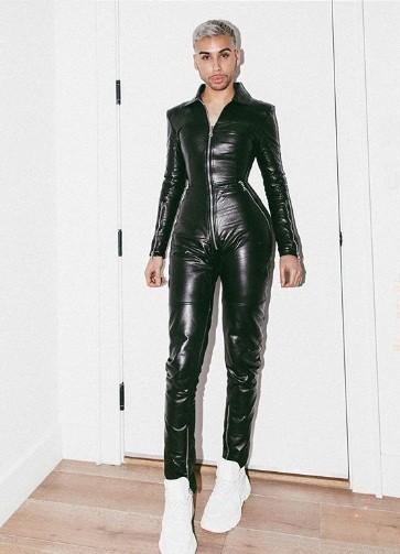 Dân mạng bất ngờ với anh thợ trang điểm nóng bỏng của Kylie Jenner - ảnh 12