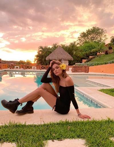 Say đắm đường cong tuyệt mỹ của thiên thần 9x Josephine Skriver  - ảnh 19