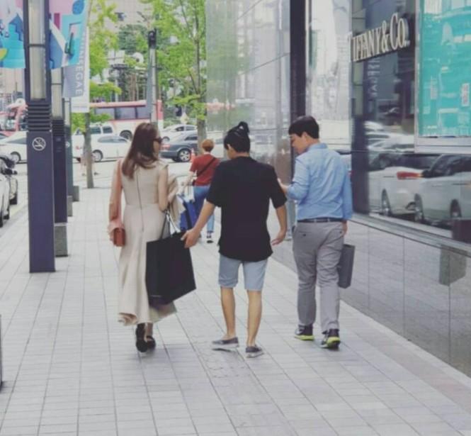 Angelina Jolie đưa con trai Maddox nhập trường đại học ở Hàn Quốc - ảnh 3