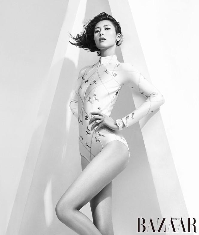 Dáng vóc hoàn hảo của mỹ nhân nội y gốc Hoa Liu Wen - ảnh 2