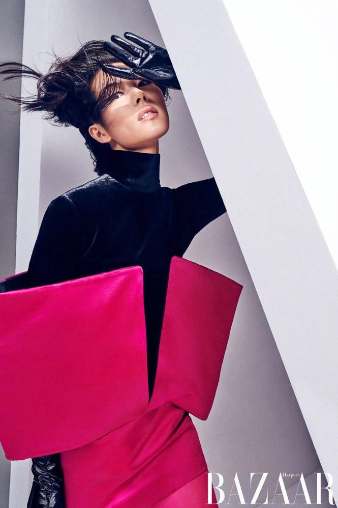 Dáng vóc hoàn hảo của mỹ nhân nội y gốc Hoa Liu Wen - ảnh 7