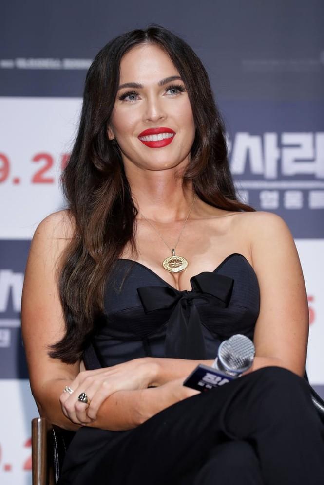 Người đẹp 'Transformers' Megan Fox sinh 3 con vẫn siêu quyến rũ - ảnh 3
