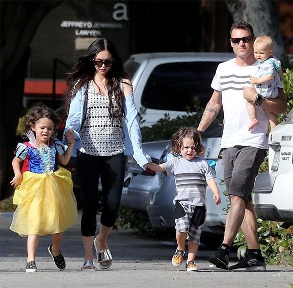 Người đẹp 'Transformers' Megan Fox sinh 3 con vẫn siêu quyến rũ - ảnh 12