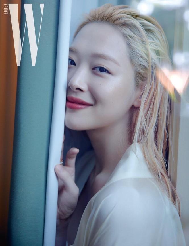 Hot girl nổi loạn xứ Hàn siêu quyến rũ với phong cách Lolita gợi cảm - ảnh 4