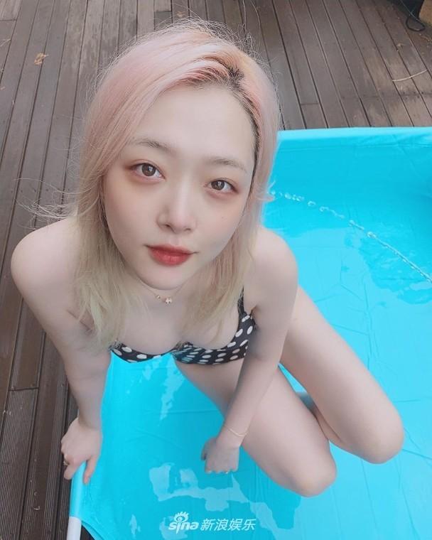Hot girl nổi loạn xứ Hàn siêu quyến rũ với phong cách Lolita gợi cảm - ảnh 11