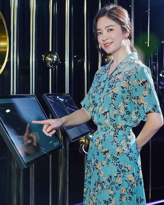 Song Hye Kyo ngày càng xinh đẹp hậu ly hôn - ảnh 11