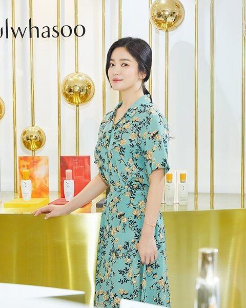 Song Hye Kyo ngày càng xinh đẹp hậu ly hôn - ảnh 10
