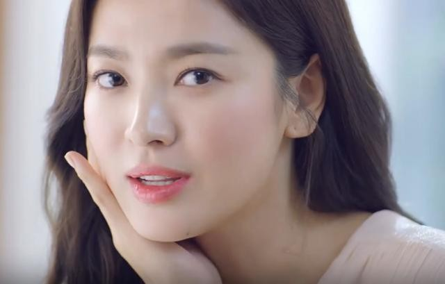 Song Hye Kyo ngày càng xinh đẹp hậu ly hôn - ảnh 1