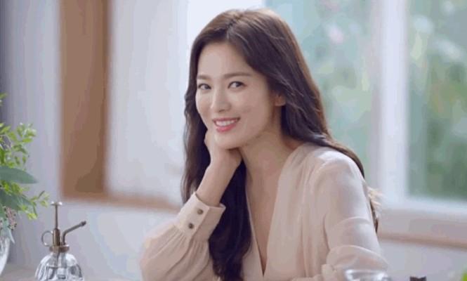 Song Hye Kyo ngày càng xinh đẹp hậu ly hôn - ảnh 7