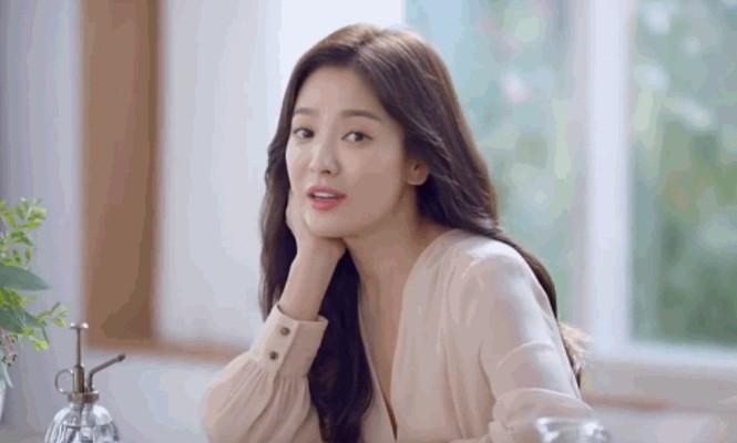 Song Hye Kyo ngày càng xinh đẹp hậu ly hôn - ảnh 8