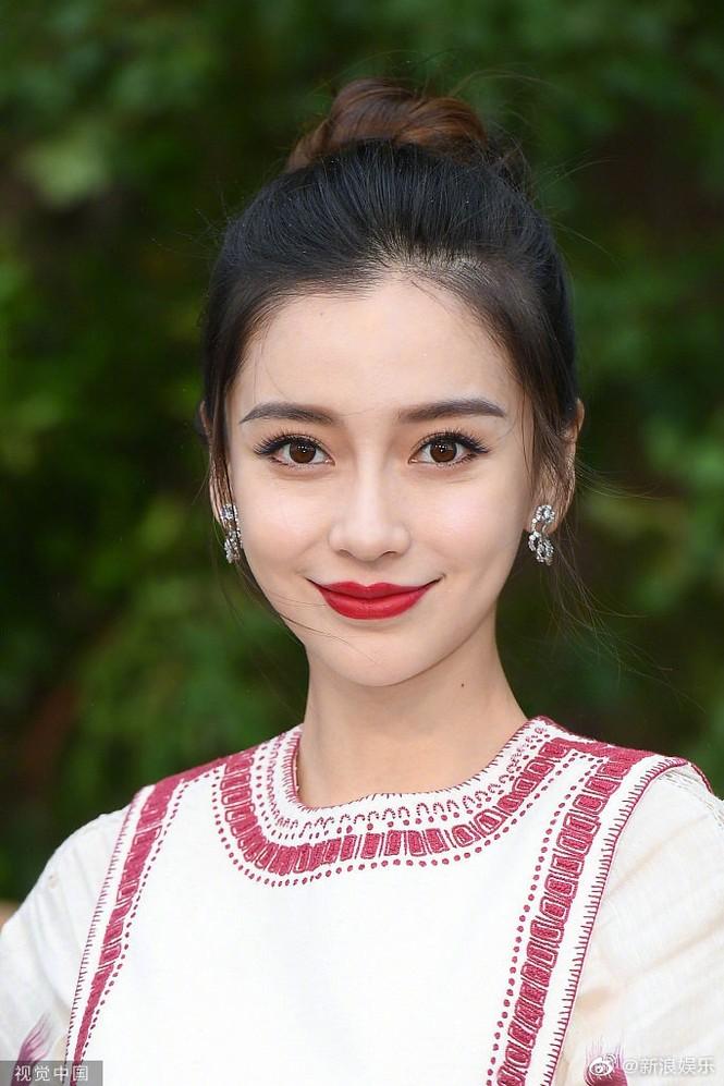 Angelababy xinh như công chúa giữa trời Paris - ảnh 9