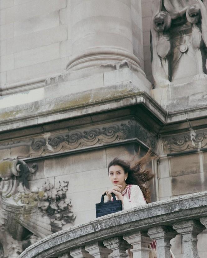 Angelababy xinh như công chúa giữa trời Paris - ảnh 7