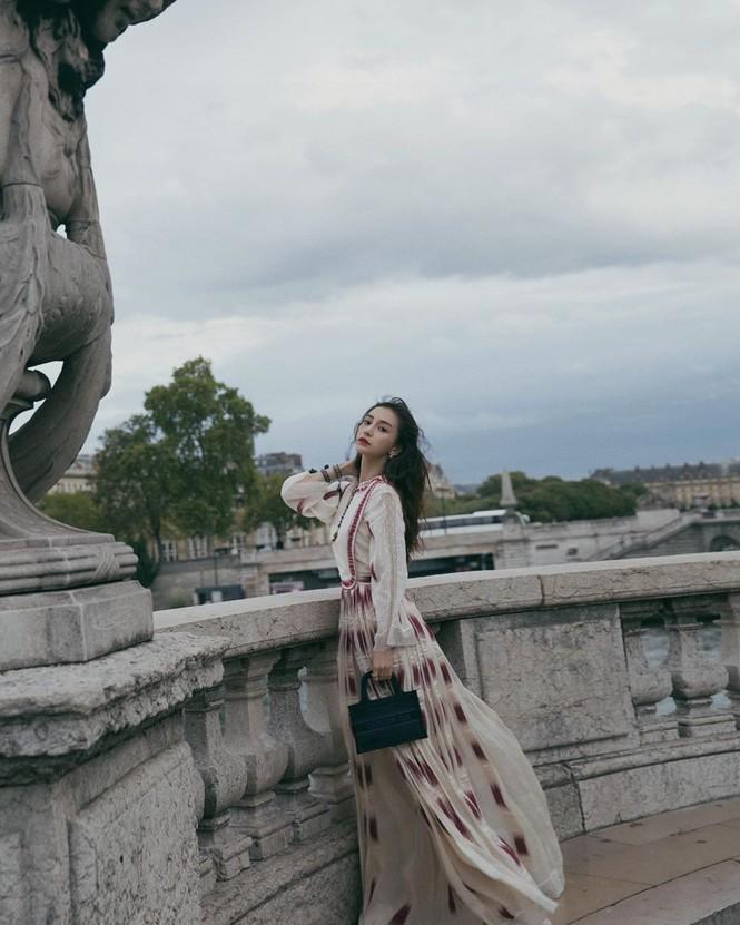 Angelababy xinh như công chúa giữa trời Paris - ảnh 8