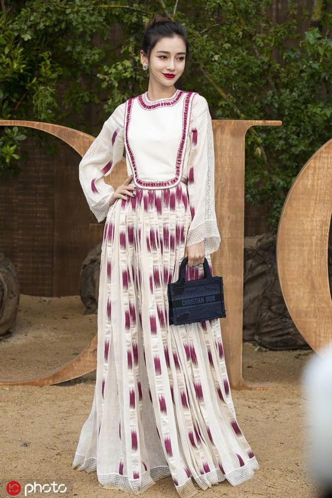 Angelababy xinh như công chúa giữa trời Paris - ảnh 16