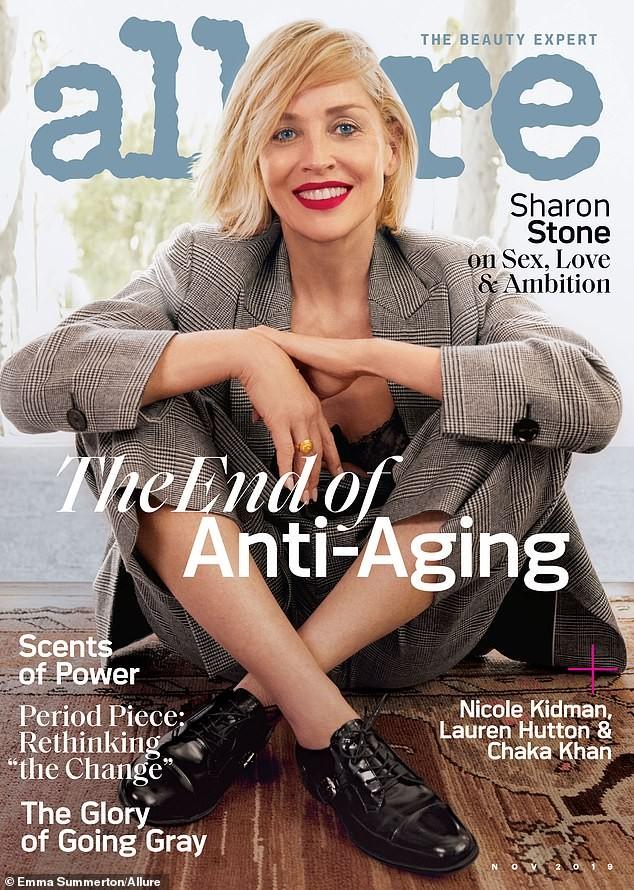 Minh tinh 'Bản năng gốc' Sharon Stone diện nội y táo bạo ở tuổi 61 - ảnh 3