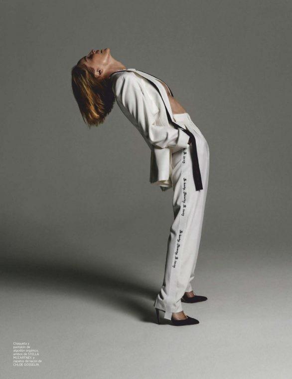 Minh tinh 'Bản năng gốc' Sharon Stone diện nội y táo bạo ở tuổi 61 - ảnh 11