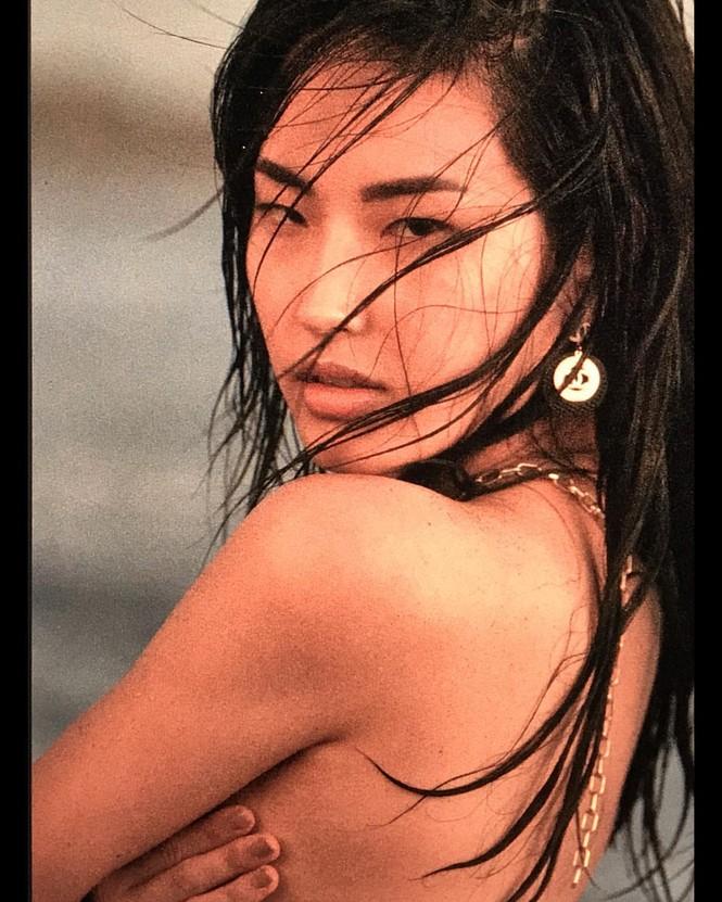 Người đẹp Hàn Quốc trở thành 'tân binh' tạp chí áo tắm Sports Illustrated - ảnh 1
