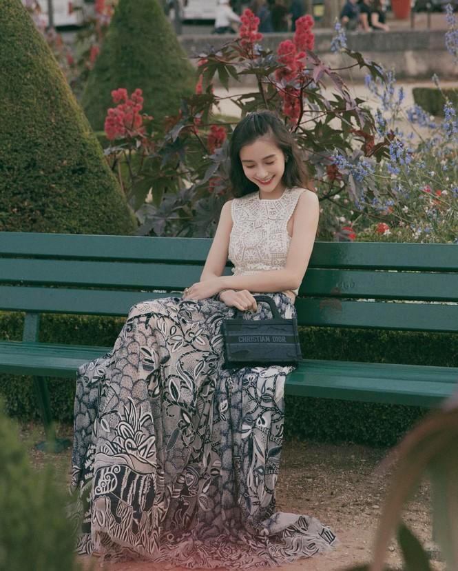 Angelababy thần thái đẹp xuất sắc, xóa tan tin đồn trục trặc với Huỳnh Hiểu Minh - ảnh 25