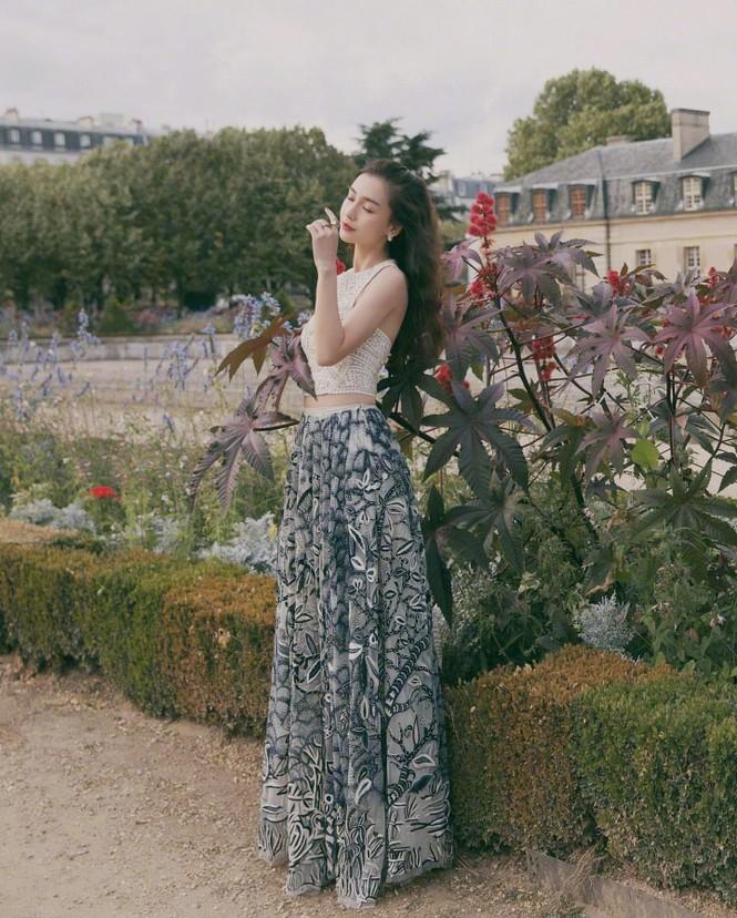 Angelababy thần thái đẹp xuất sắc, xóa tan tin đồn trục trặc với Huỳnh Hiểu Minh - ảnh 27
