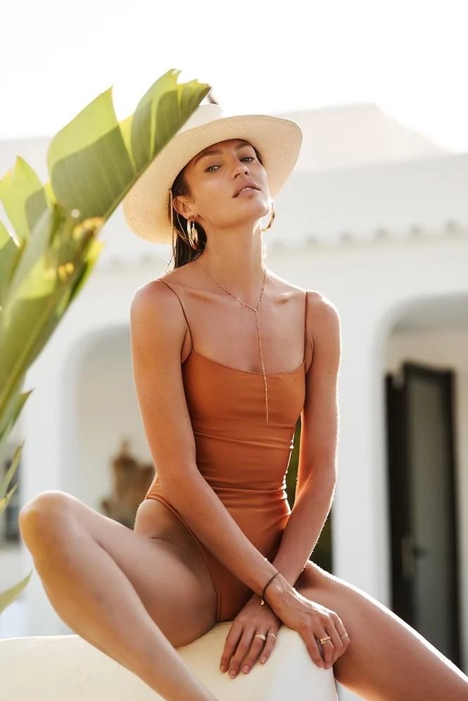 Ngất ngây đường cong tuyệt mỹ của thiên thần nội y Candice Swanepoel - ảnh 4