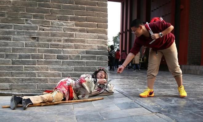 Chàng trai Trung Quốc mua nhà thành phố sau 8 năm đóng vai ăn xin - ảnh 3