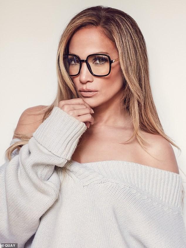 Jennifer Lopez trẻ trung gợi cảm bên hôn phu kém 6 tuổi  - ảnh 9