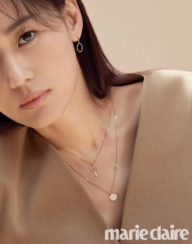 Ngỡ ngàng nhan sắc không tuổi của 'cô nàng ngổ ngáo' Jun Ji Hyun - ảnh 10