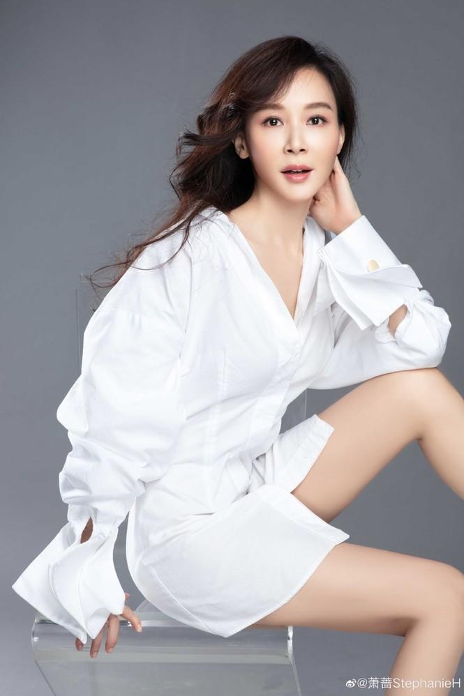 Ngỡ ngàng sắc vóc trẻ trung của người đẹp Đài Loan Tiêu Tường - ảnh 1