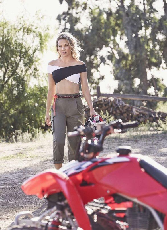 Kate Hudson 40 tuổi sinh 3 con trẻ trung như đôi mươi - ảnh 10