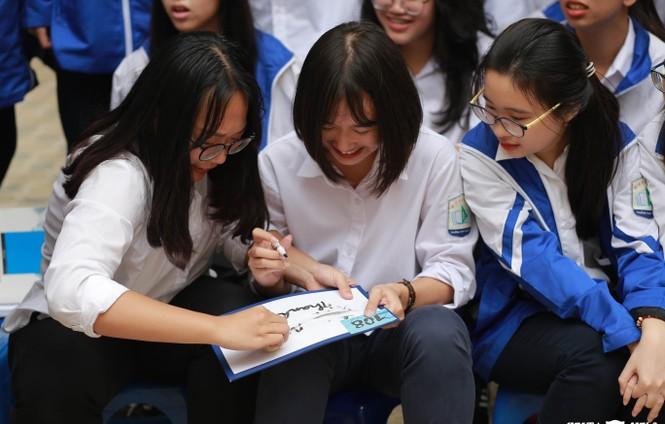 Ngày hội Flashmob náo nhiệt đa sắc màu của học sinh Chuyên Sư phạm - ảnh 9