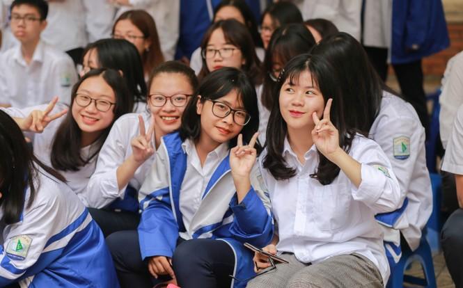 Ngày hội Flashmob náo nhiệt đa sắc màu của học sinh Chuyên Sư phạm - ảnh 10