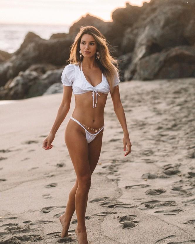 Mê đắm dáng vóc quyến rũ của người mẫu 9x Madison Reed  - ảnh 12