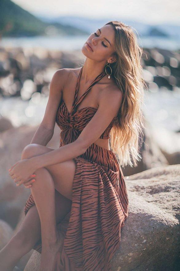 Mê đắm dáng vóc quyến rũ của người mẫu 9x Madison Reed  - ảnh 6