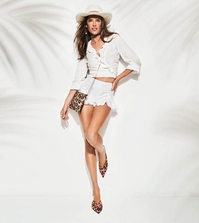 Ngất ngây ngắm đôi chân dài trứ danh của siêu mẫu Alessandra Ambrosio  - ảnh 11