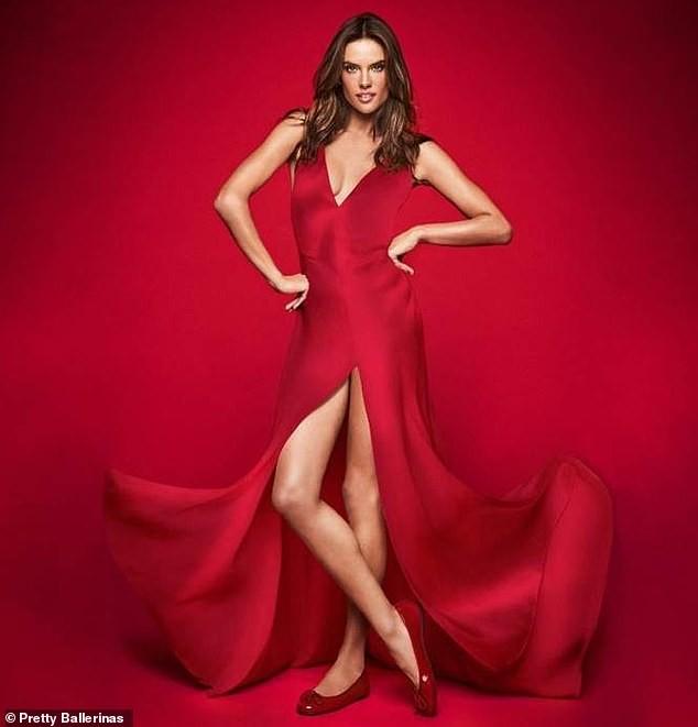 Ngất ngây ngắm đôi chân dài trứ danh của siêu mẫu Alessandra Ambrosio  - ảnh 16