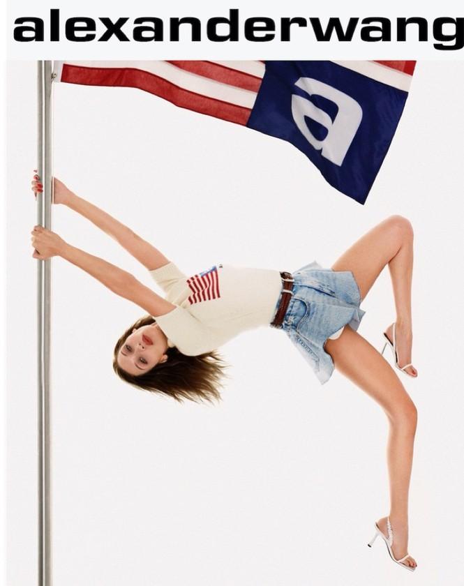 Mê đắm thân hình gợi cảm như tượng tạc của Bella Hadid  - ảnh 12