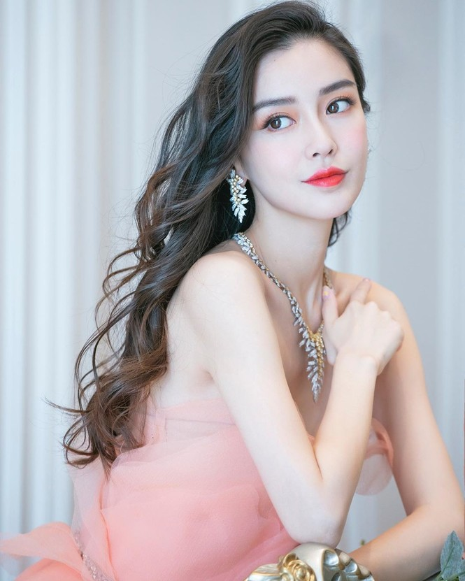 'Công chúa' Angelababy xinh đẹp lộng lẫy 'vạn người mê' - ảnh 12