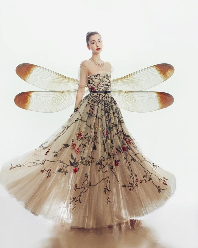 'Công chúa' Angelababy xinh đẹp lộng lẫy 'vạn người mê' - ảnh 2