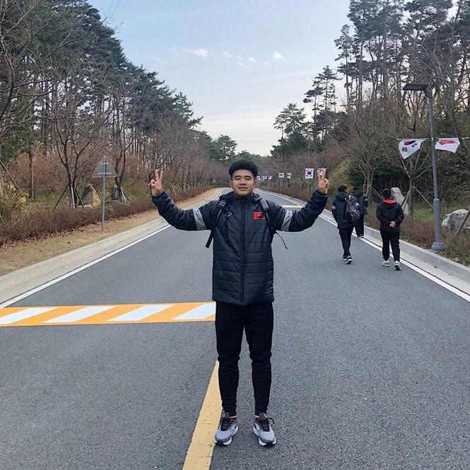 Ảnh dàn cầu thủ U23 Việt Nam ở Hàn Quốc 'đốn tim' các cô gái - ảnh 6