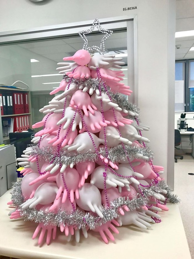 Thích mê những cây thông Noel 'có một không hai' của dân mạng - ảnh 13