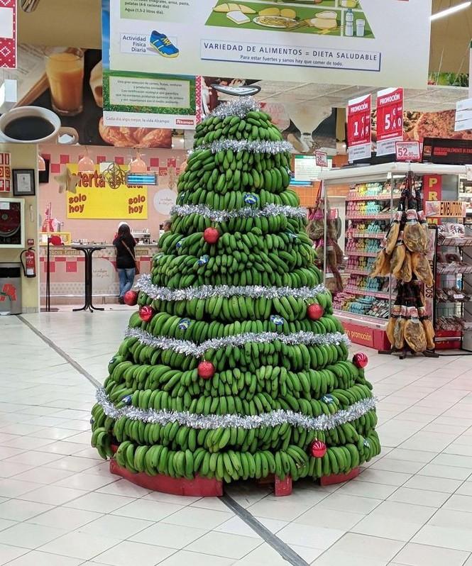 Thích mê những cây thông Noel 'có một không hai' của dân mạng - ảnh 15