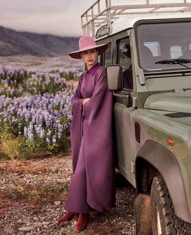 Irina Shayk đẹp như mỹ nữ trong tranh ở hòn đảo Iceland - ảnh 2