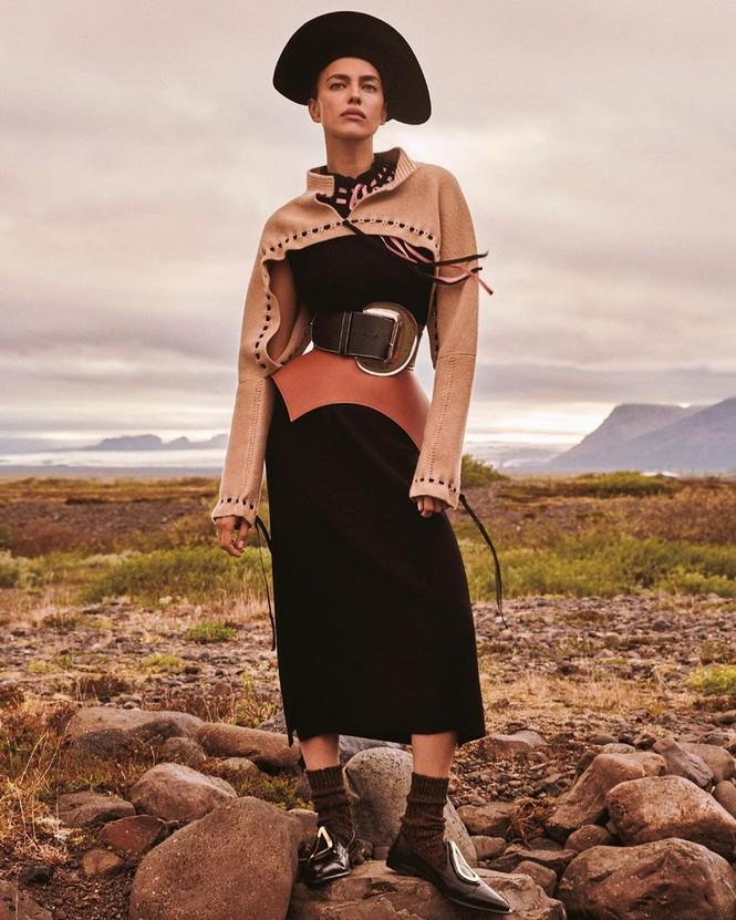Irina Shayk đẹp như mỹ nữ trong tranh ở hòn đảo Iceland - ảnh 4
