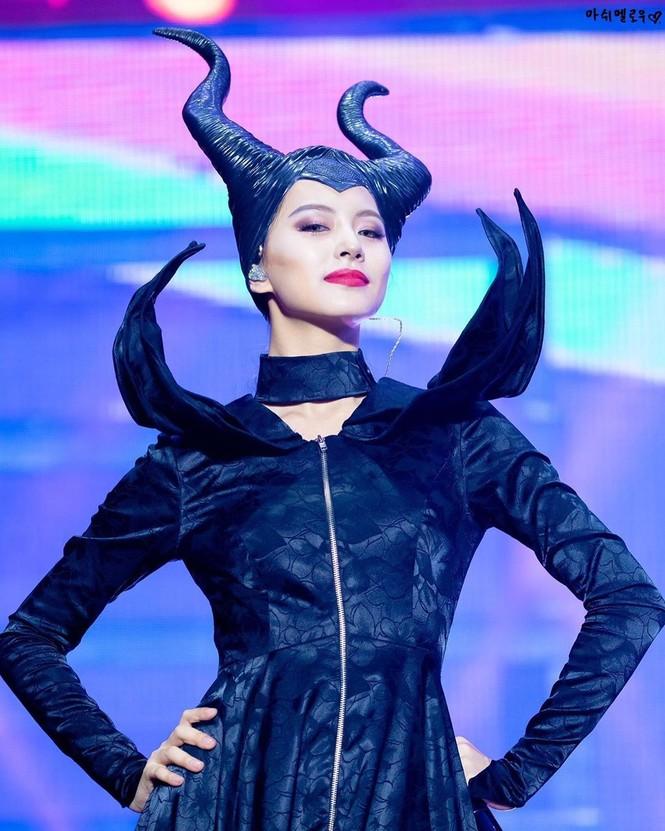 Nhan sắc gây tranh cãi của ca sĩ Hàn được bình chọn đẹp nhất thế giới - ảnh 8